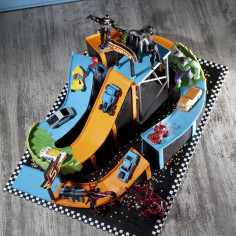 Торт Hot Wheels и супергерои